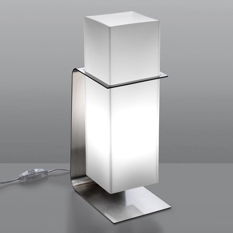 . Quiet Corner Stylish Modern Table Lamps for Home Decoration   Quiet