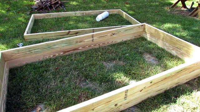 DIY Gardening Ideas - 4 Easy to Make Garden Raised Beds
