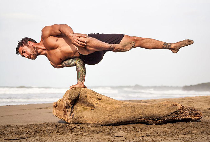 5 Reasons Why Dudes Should Practice Yoga