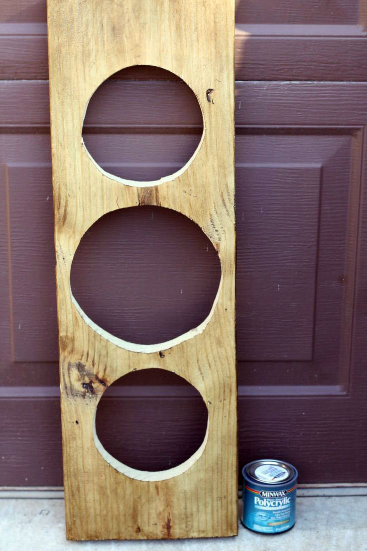 DIY - How to Make an Elevated Dog Feeder