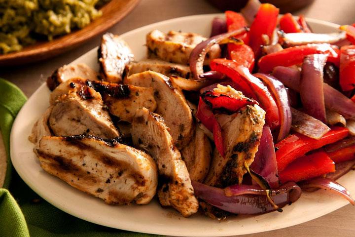 Basic Chicken Fajitas Recipe - Quiet Corner