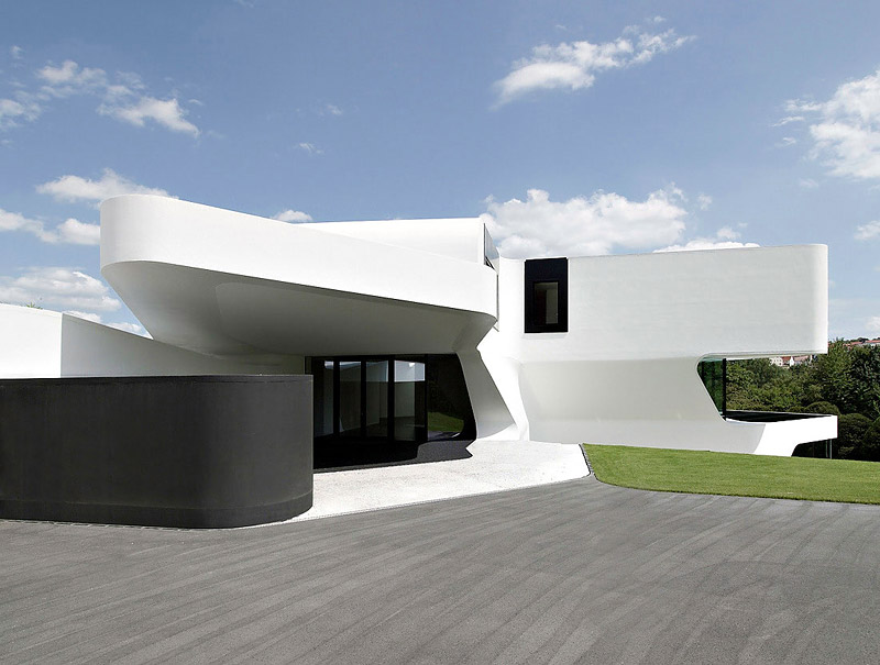 Futuristic and Modern Dupli Casa by J. Mayer H. Architects