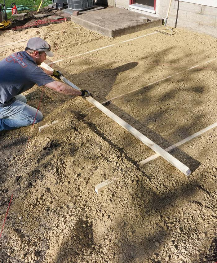 Quiet Corner:DIY How To Lay a Level Brick Paver Patio ...