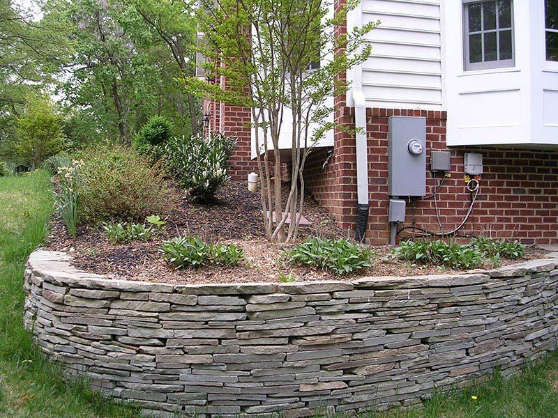quiet corner retaining wall design ideas