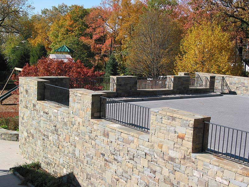 Small Retaining Wall Ideas: Quiet Corner:Retaining Wall Design Ideas