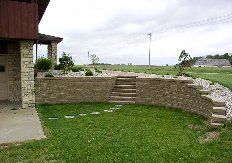Retaining wall design ideas quiet corner Garden wall color ideas