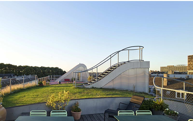 Use The Roof To Create Your Missing Garden