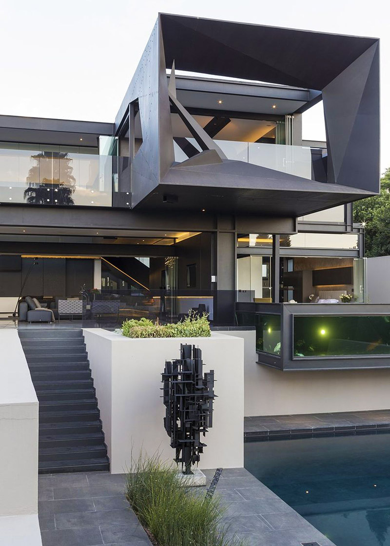 Sculptural Family Home – The Kloof Road House