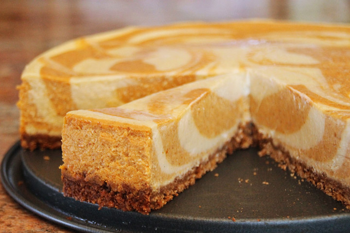 Pumpkin Pie Cheesecake Bars with White Chocolate Vanilla Swirl - Quiet ...