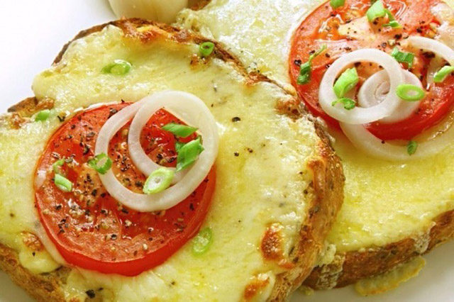 7 Hot Sandwiches to Boost your Mood