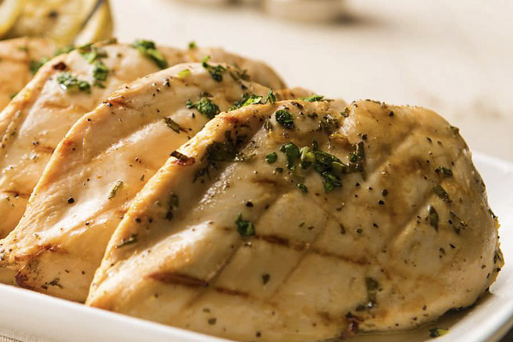 Apr 29,  · How to Cook Tender, Juicy, Safe Chicken Breasts. Here's the deal. As a nation, we're eating an average of about 84 pounds of chicken a testdji.cfs: