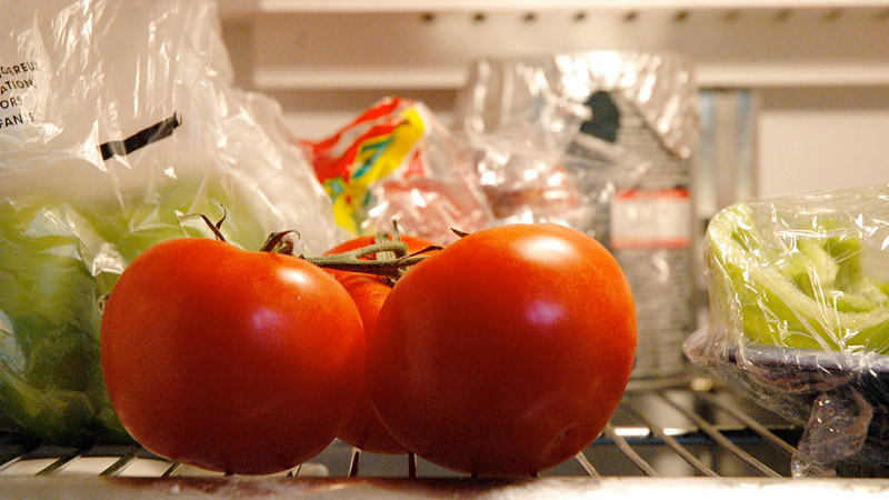 Here's Why Refrigerating Kills Tomato's Flavor