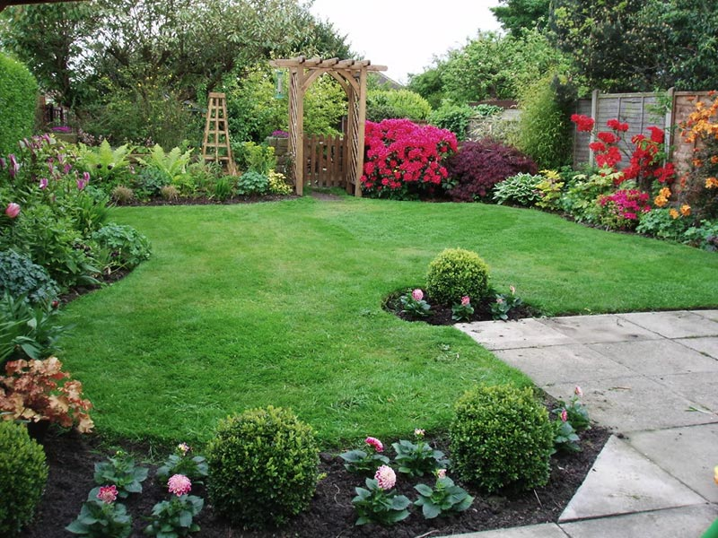 Amazing backyard landscaping ideas quiet corner for Landscaping your yard