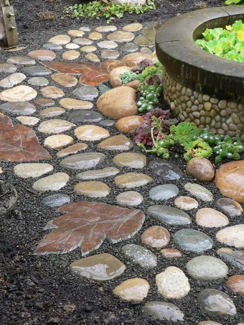 Beautiful garden paths made of natural stone quiet corner for Rock stepping stones landscaping