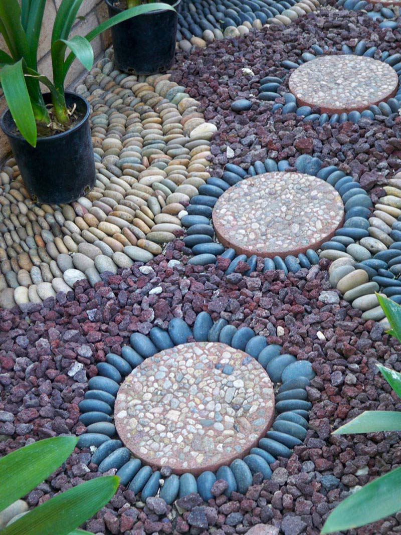 Beautiful Garden Paths Made of Natural Stone