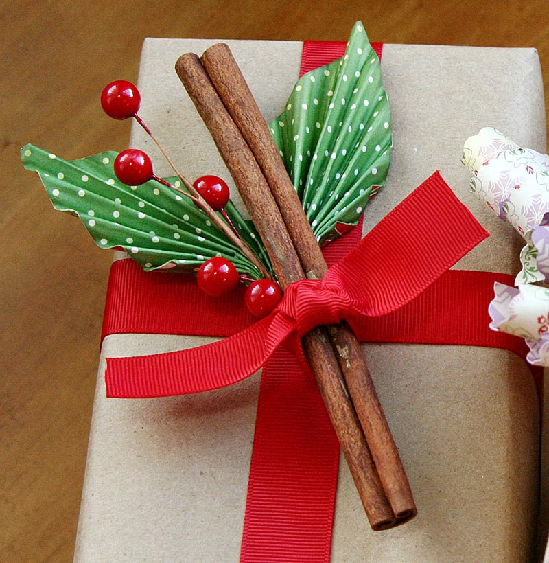 Gift Wrapping Ideas For Christmas - Personalized Christmas gifts will make your holidays even more special. We offer unique Christmas presents for everyone on your list. No doubt in the fact that gift cards company offers almost similar benefits to sellers and buyers.