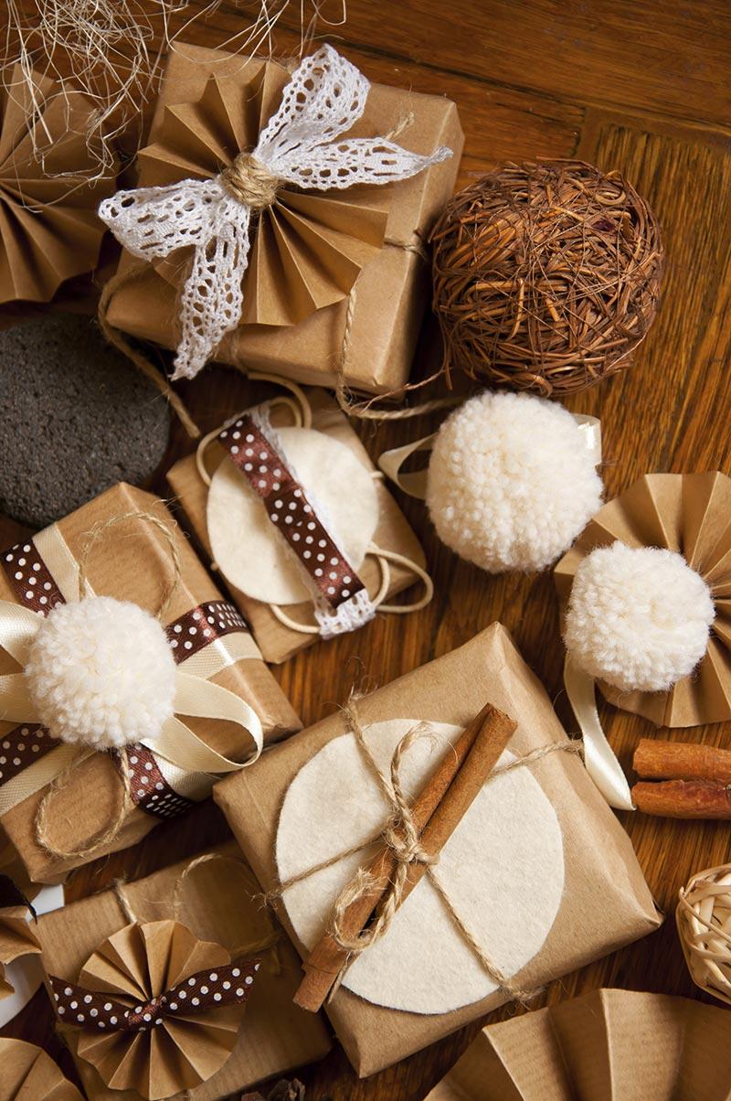 Christmas Tree Trimming Ideas