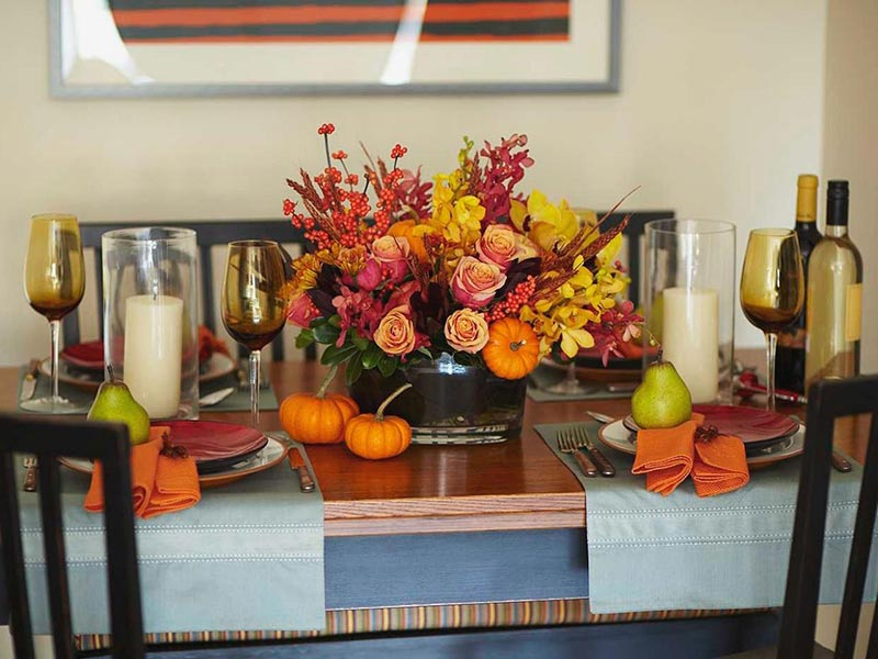 Thanksgiving decorating ideas quiet corner for Thanksgiving home ideas
