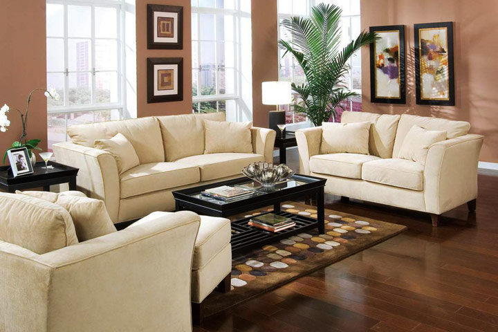 Top 5 tips to arrange living room furniture quiet corner for Popular living room furniture