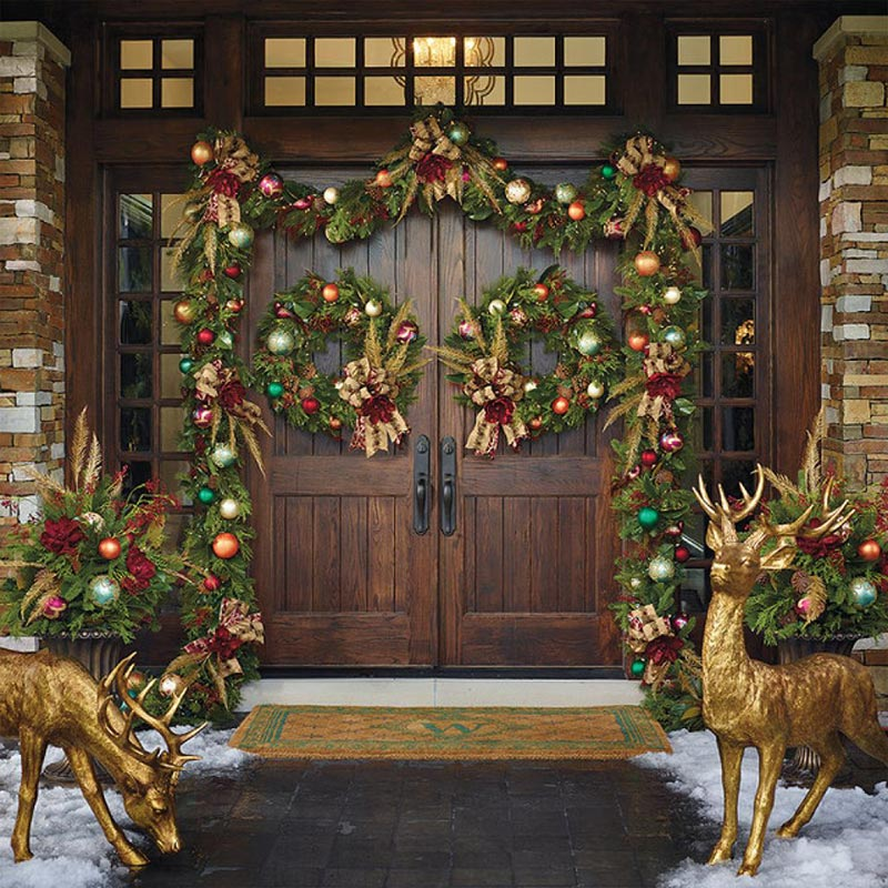 Christmas front door decorations quiet corner for Front door decor