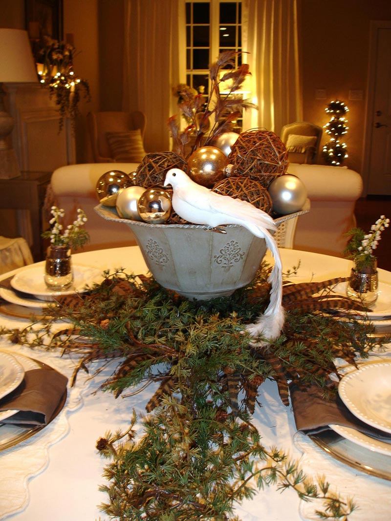 Ideas for christmas table decorations quiet corner - Corner table decoration ideas ...