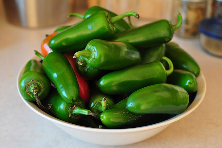 Jalapeno Peppers Nutrition Facts and Health Benefits