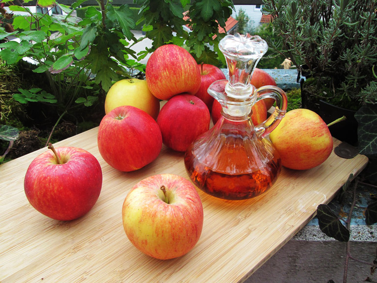 Benefits of Apple Cider Vinegar in the Morning