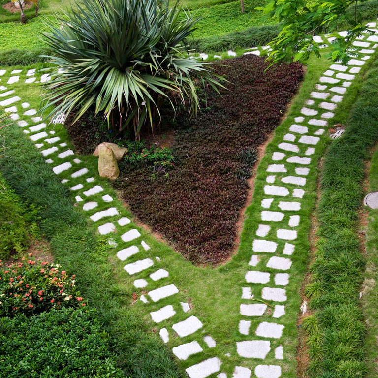 Garden Walkways Tips and Ideas - Quiet Corner