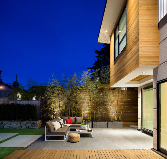 Energy-Efficient Contemporary Home